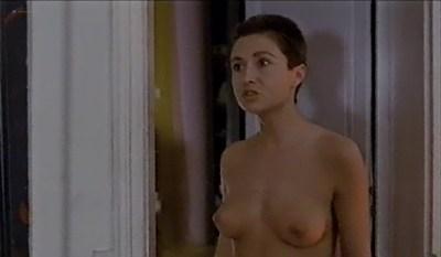Fanny Bastien nude topless and cute Marisa Berenson and Agnes Garreau nude topless- La tete dans le sac (FR-1983) VHS (3)
