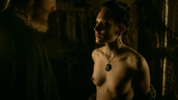 Ida Nielsen nude topless Josefin Asplund nude topless and sex – Vikings (2017) s04e18 HD 1080p (8)