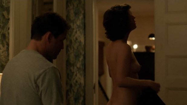 Irène Jacob nude butt and side boob - The Affair (2017) s3e6 HD 1080p (5)