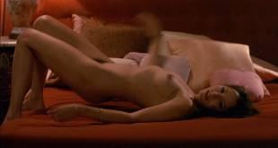 Barbara Carrera nude bush and sex Leigh Harris and Lynette Harris nude bush too - I, the Jury (1982) HD 1080p BluRay (11)