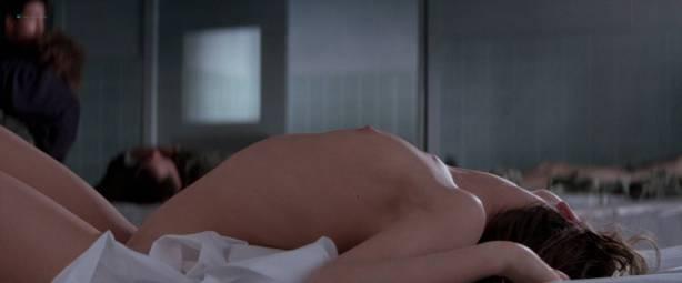 Gabrielle Anwar nude topless Meg Tilly hot - Body Snatchers (1993) HD 1080p BluRay (9)