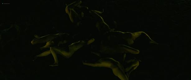 Julie Marie Parmentier nude Roxane Durane nude wet - Evolution (FR-2016) HD 1080p BluRay (3)