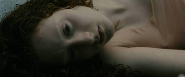 Julie Marie Parmentier nude Roxane Durane nude wet - Evolution (FR-2016) HD 1080p BluRay (12)