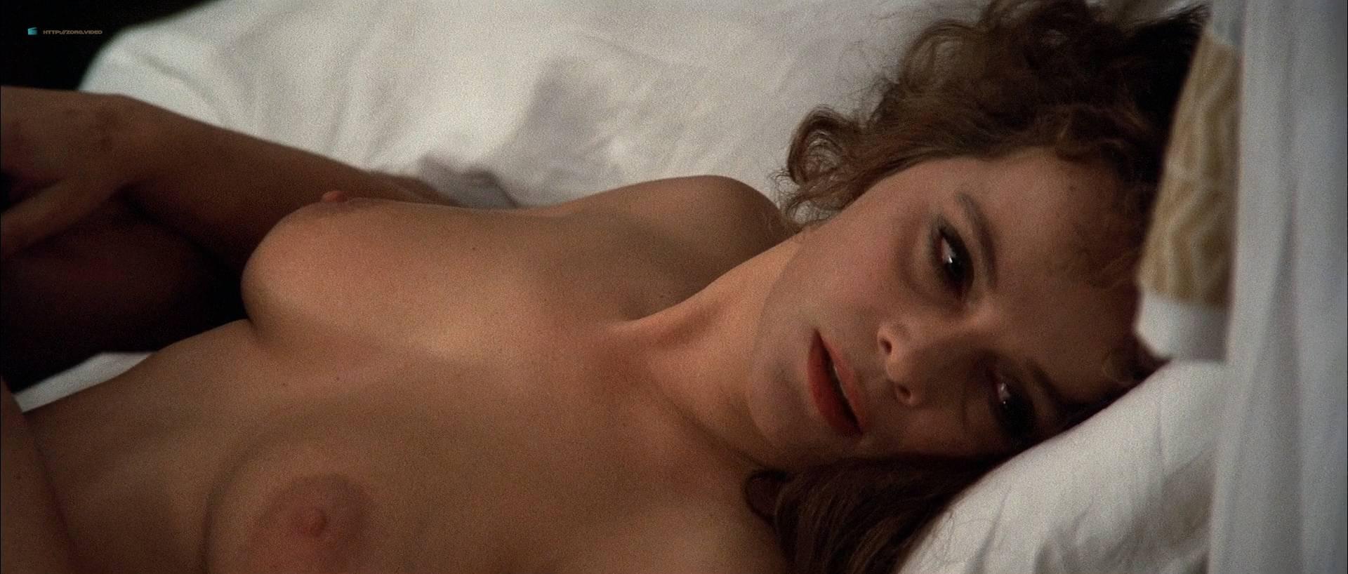 Laura Antonelli nude bush and topless - L'innocente (IT-1976) HD 1080p BluRay (14)