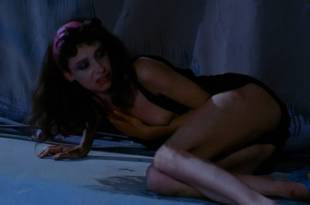 Mary Sellers nude brief topless – StageFright (1987) HD 1080p BluRay
