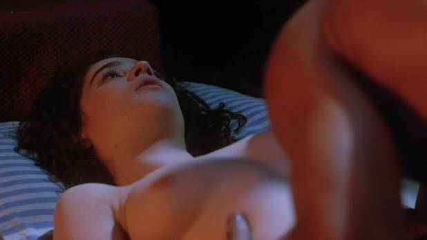 Moira Kelly nude topless and sex - Daybreak (1993) HD 1080p WebDL (5)