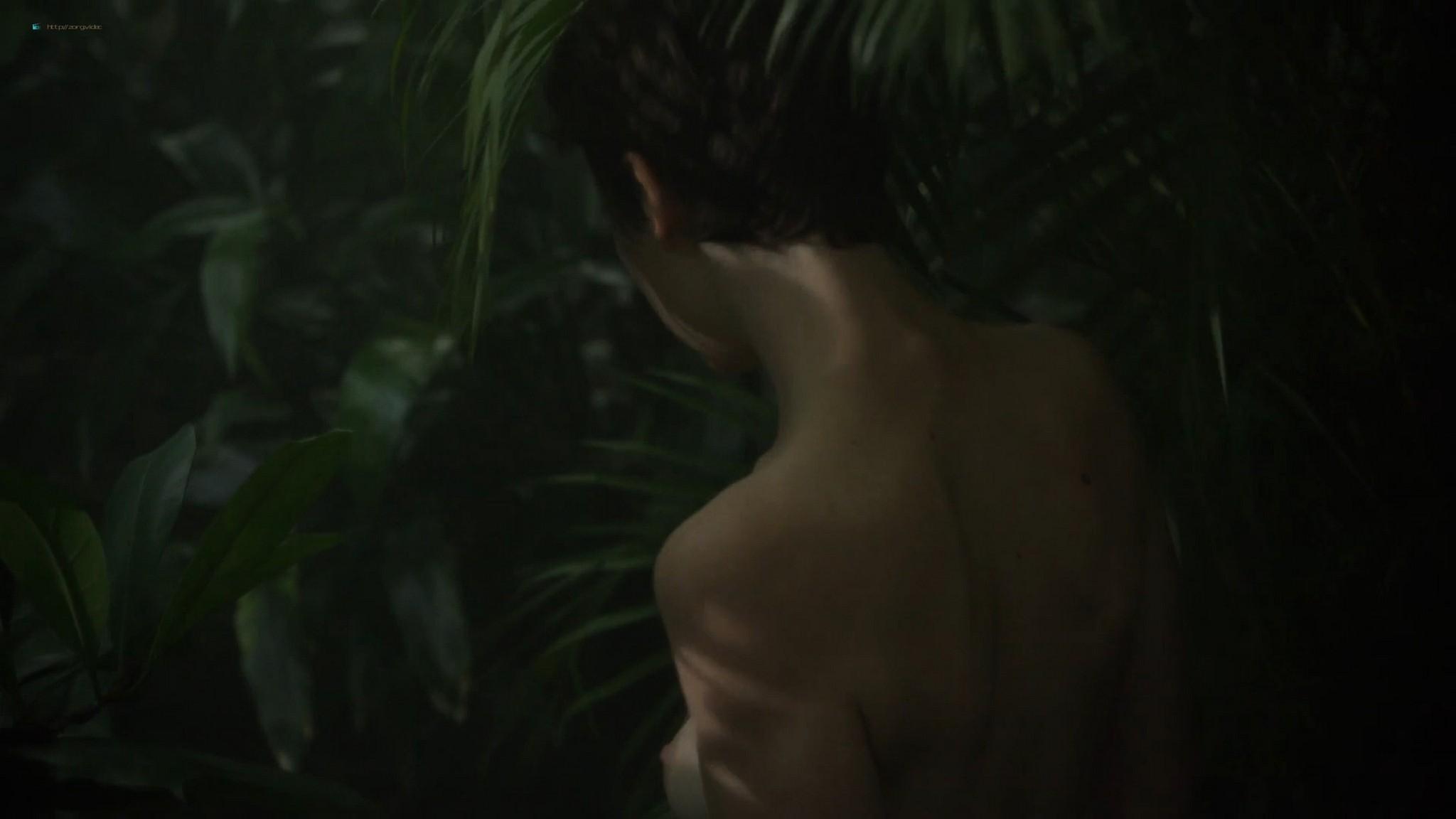 Salomé Richard nude topless in shower Kate Moran nude - Baden Baden (FR-2016) HD 1080p Web (10)