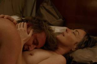 Jane Adams nude topless and sex and Gugu Mbatha-Raw hot and wet – Easy (2016) s1e7 HD 720p