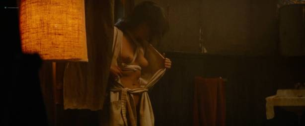Michelle Rodriguez nude full frontal Caitlin Gerard nude and Lia Lam hot - The Assignment (2016) HD 1080p (8)