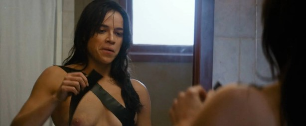 Michelle Rodriguez nude full frontal Caitlin Gerard nude and Lia Lam hot - The Assignment (2016) HD 1080p (14)