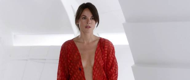 Sarah Butler nude and butt in thong - Moontrap: Target Earth (2017) HD 1080p Web (7)