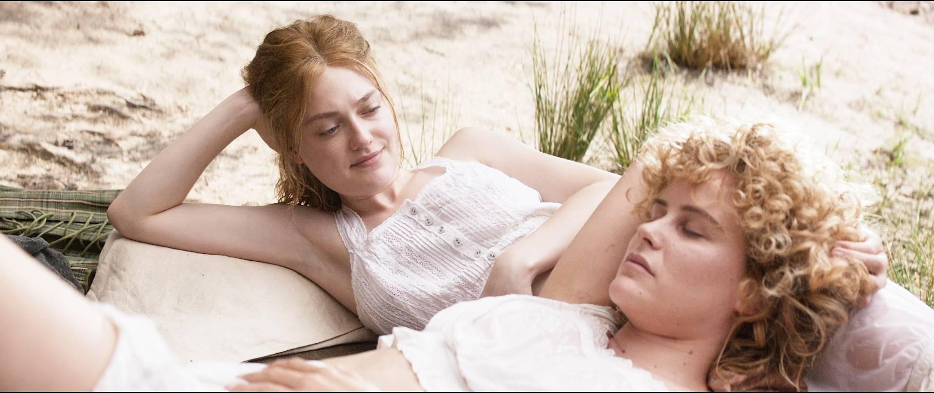 Dakota Fanning hot, Carla Juri, Vera Vitali others nude bush - Brimstone (2016) HD 1080p BluRay (17)