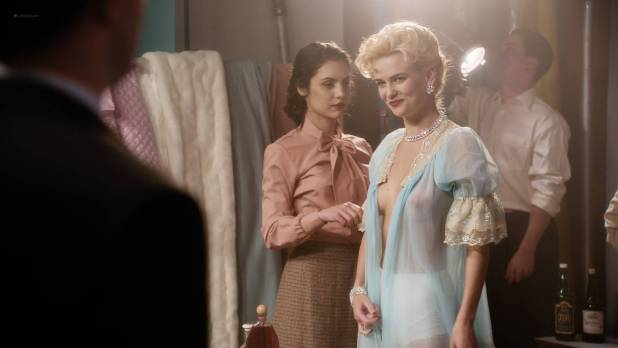 Jade Albany nude topless other's nude – American Playboy The Hugh Hefner Story (2017) s1e3 HD 1080p (5)