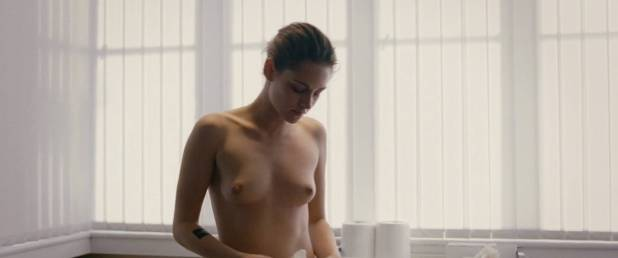 Kristen Stewart nude topless and hot while masturbating - Personal Shopper (2016) HD 1080p WEB (9)