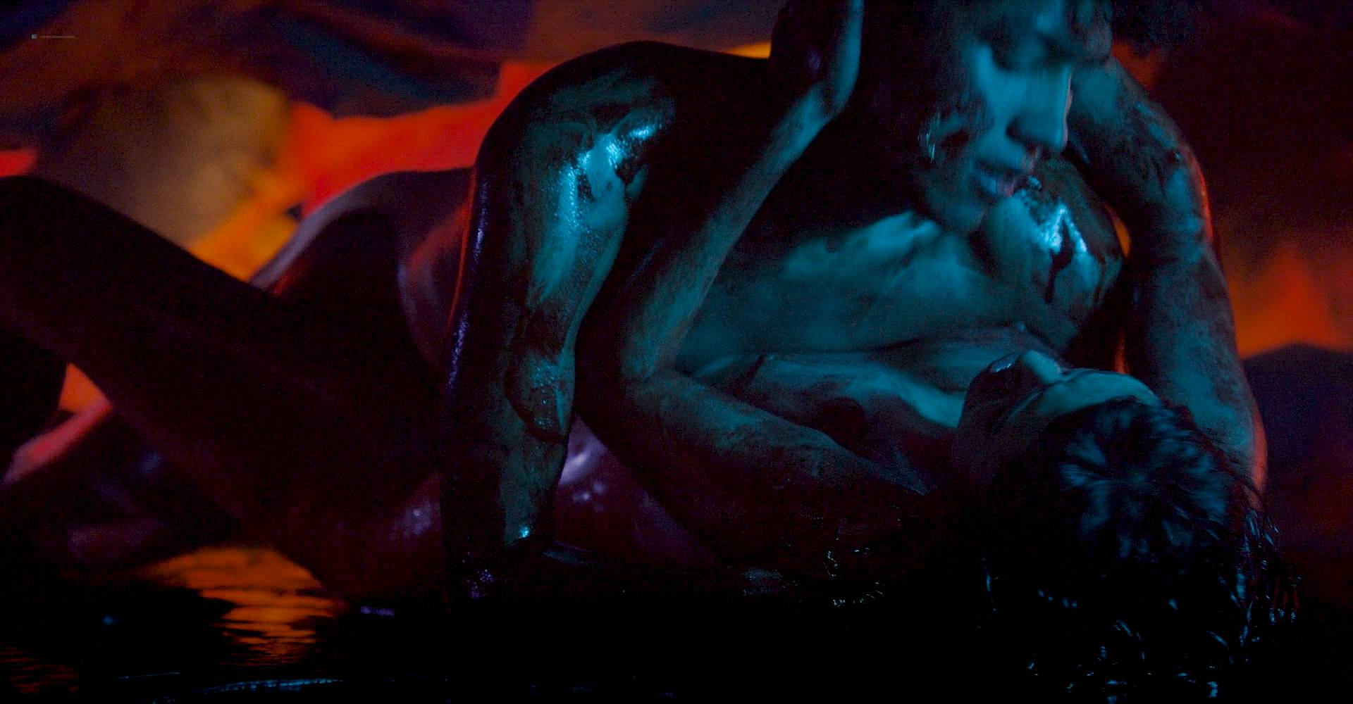 María Evoli nude explicit bj, piss and María Cid nude sex - Tenemos La Carne (MX-2016) HD 1080p BluRay (6)