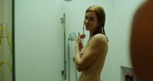 Nicole Kidman nude side boob and butt in the shower - Big Little Lies (2017) s1e7 HD 1080p Web (10)
