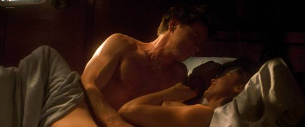 Ashley Judd nude butt and boobs - Double Jeopardy (1999) HD 1080p WEB (2)
