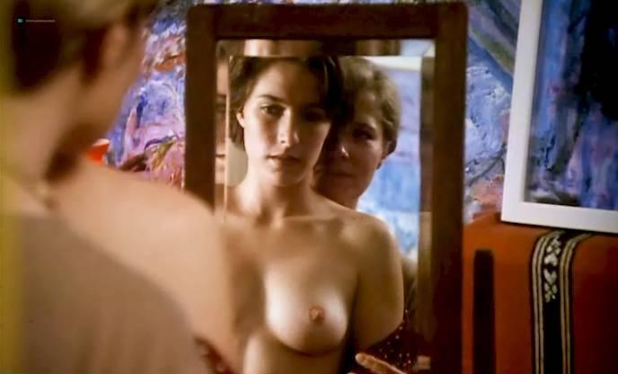 Claudia Karvan Nude Lesbian Sex With Gosia Dobrowolska Touch Me 1993 11
