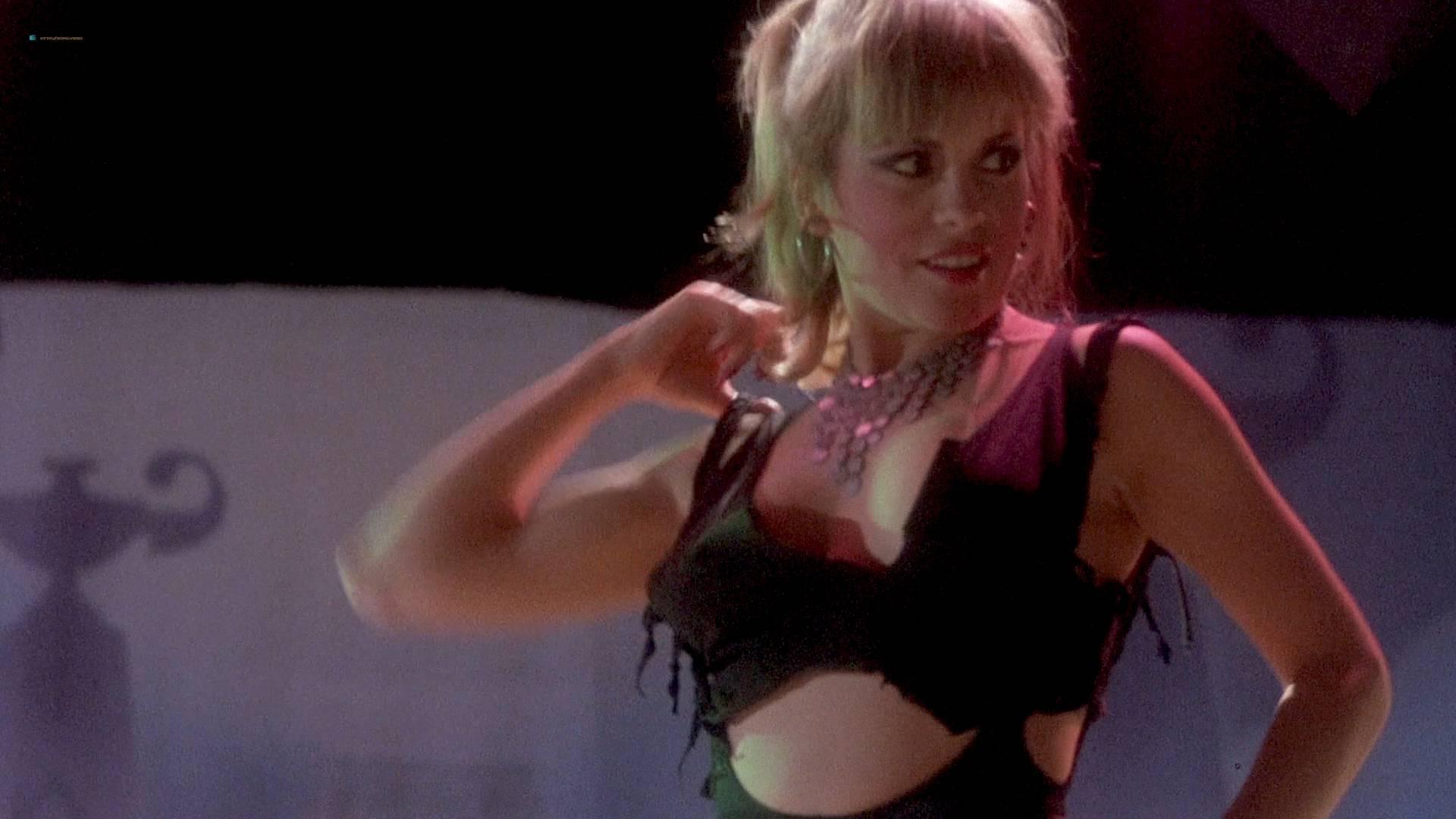 Grace Jones nude Lisa Lyon hot thong and Tricia Burns nude topless - Vamp (1986) HD 1080p BluRay (12)