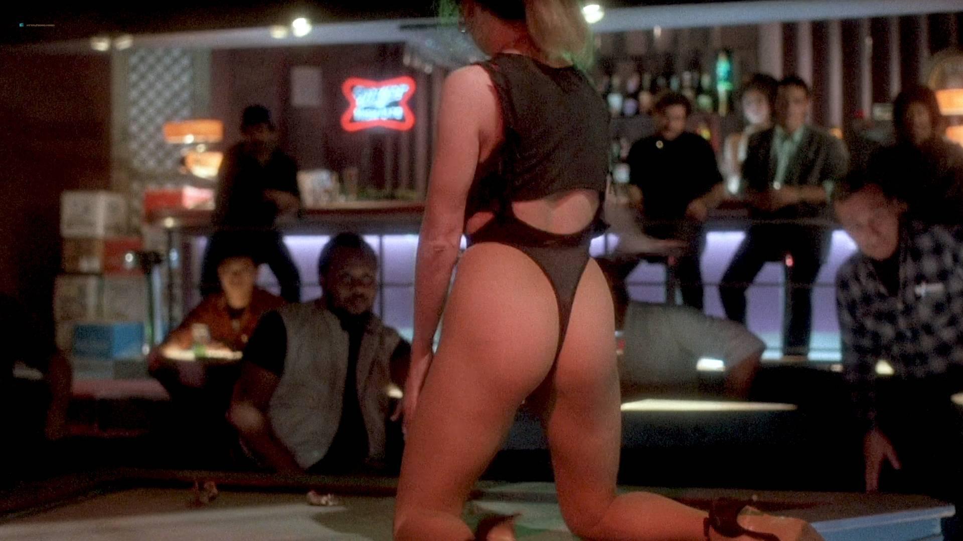 Grace Jones nude Lisa Lyon hot thong and Tricia Burns nude topless - Vamp (1986) HD 1080p BluRay (10)