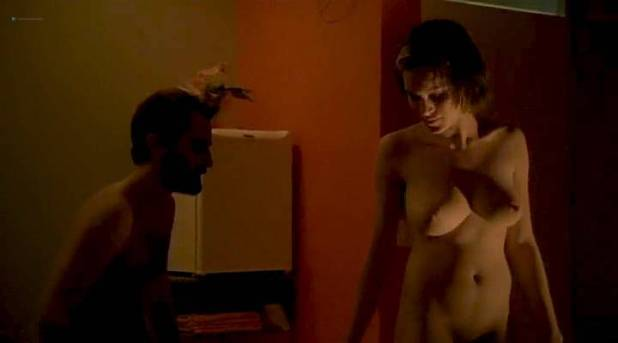 Hermila Guedes nude butt, boobs and hot sex - O Céu de Suely (BR-2006) (5)
