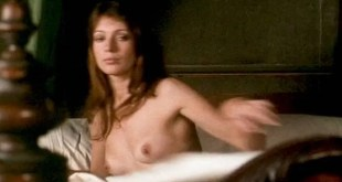 Joanna Shimkus nude topless Harriet Harper and Honor Blackman nude too - The Virgin and the Gypsy (UK-1970) (2)