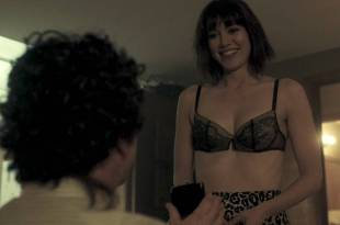 Mary Elizabeth Winstead hot and sexy in bra and some sex – Fargo (2017) s3e5 HD 720p