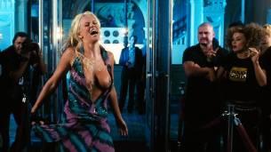 Jenny McCarthy nude topless - Dirty Love (2005) HD 720p WEB (9)