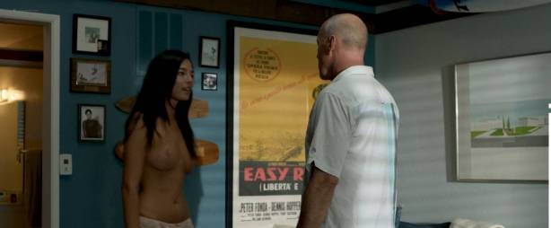 Jessica Gomes nude topless and sex - Once Upon a Time in Venice (2017) HD 1080p WEB (3)