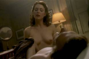 Julianne Moore nude topless and sex – The End of the Affair (1999) HD 720p WEB