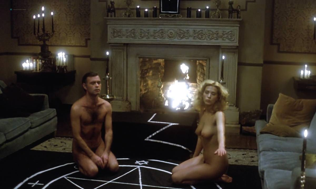 Mariana Karr nude full frontal Sandra Alberti nude sex - Escalofrío (ES-1978) HD 720p (12)