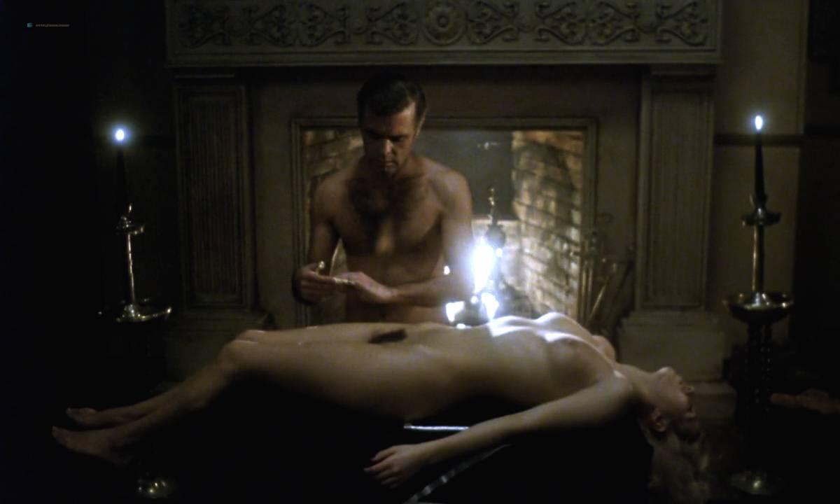 Mariana Karr nude full frontal Sandra Alberti nude sex - Escalofrío (ES-1978) HD 720p (10)