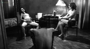 Bel García nude bush labia explicit Josi Antello nude - Filme de amor (BR-2003) (12)