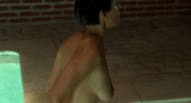 Caterina Murino nude butt and side boob - Le Grand Alibi (FR-2007) (10)