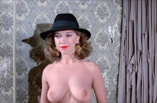 Sabine Haudepin nude topless and Charlotte Rampling nude butt – Max mon amour (1986) HD 720p