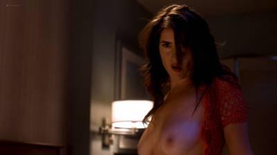 Davie-Blue nude topless - Room 104 (2017) s1e2 HD 1080p Web (5)