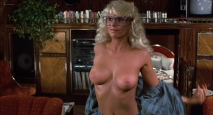 Michelle Pfeiffer nude butt Sue Bowser and other's nude topless - Into the Night (1985) HD 1080p BluRay (18)
