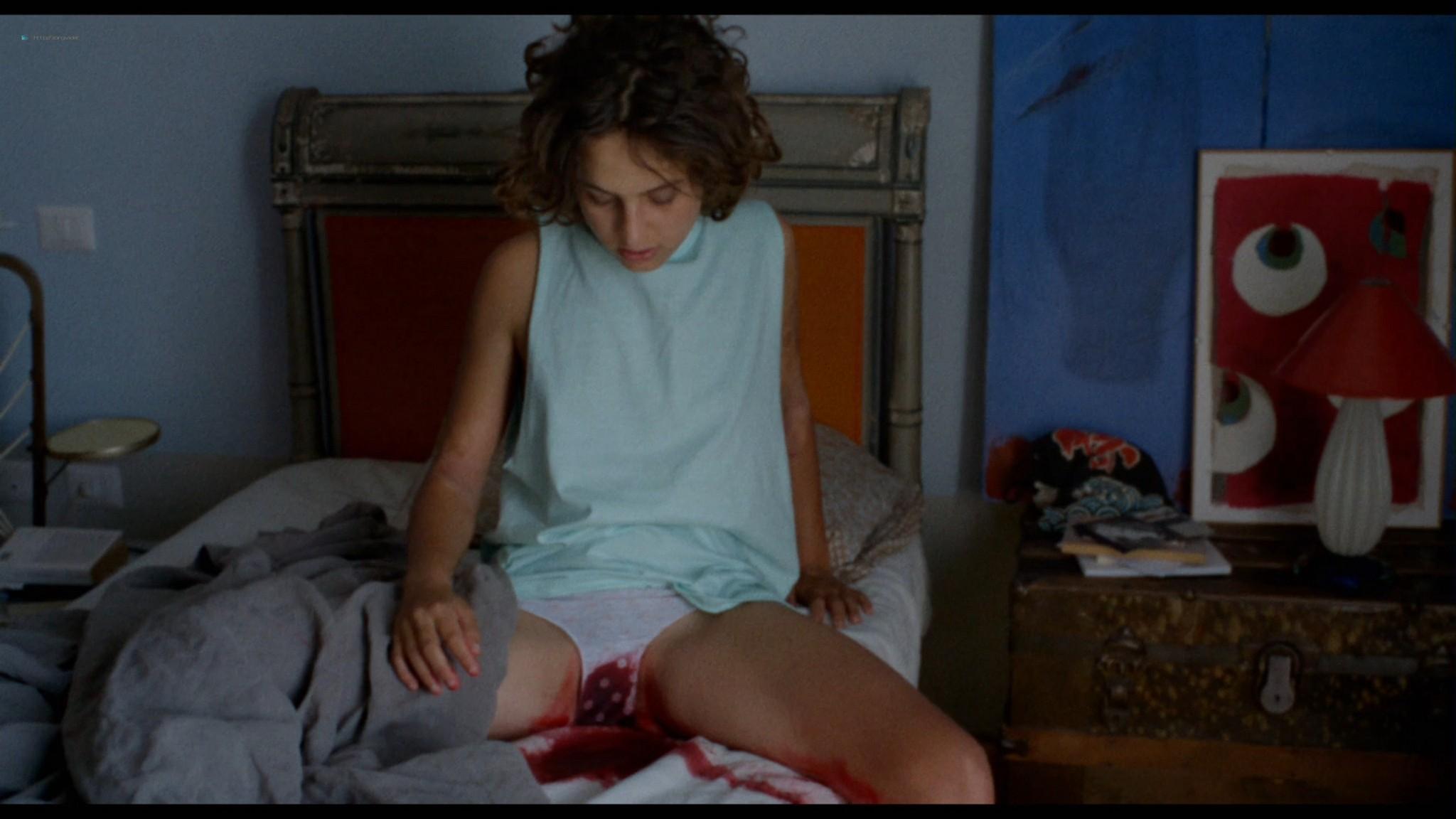Ondina Quadri nude full frontal and sex Valentina Carnelutti nude - Arianna (IT-2015) HD 1080p Web (17)