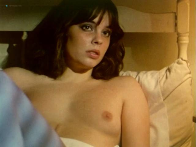 Claudia Aros  nackt