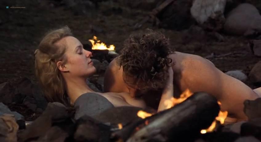 Ingibjörg Stefánsdóttir nude topless and butt - The Viking Sagas (IS-1995) (6)