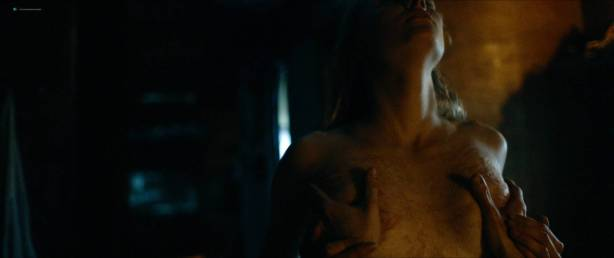Jessica Madsen nude butt boobs and hot sex - Leatherface (2017) HD 1080p (9)