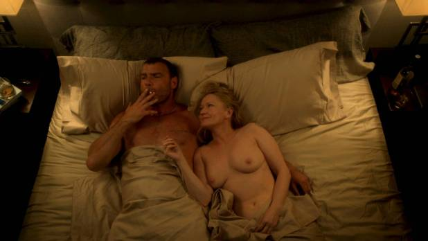 Paula Malcomson nude topless - Ray Donovan (2017) s05e05 HD 1080p Web (8)