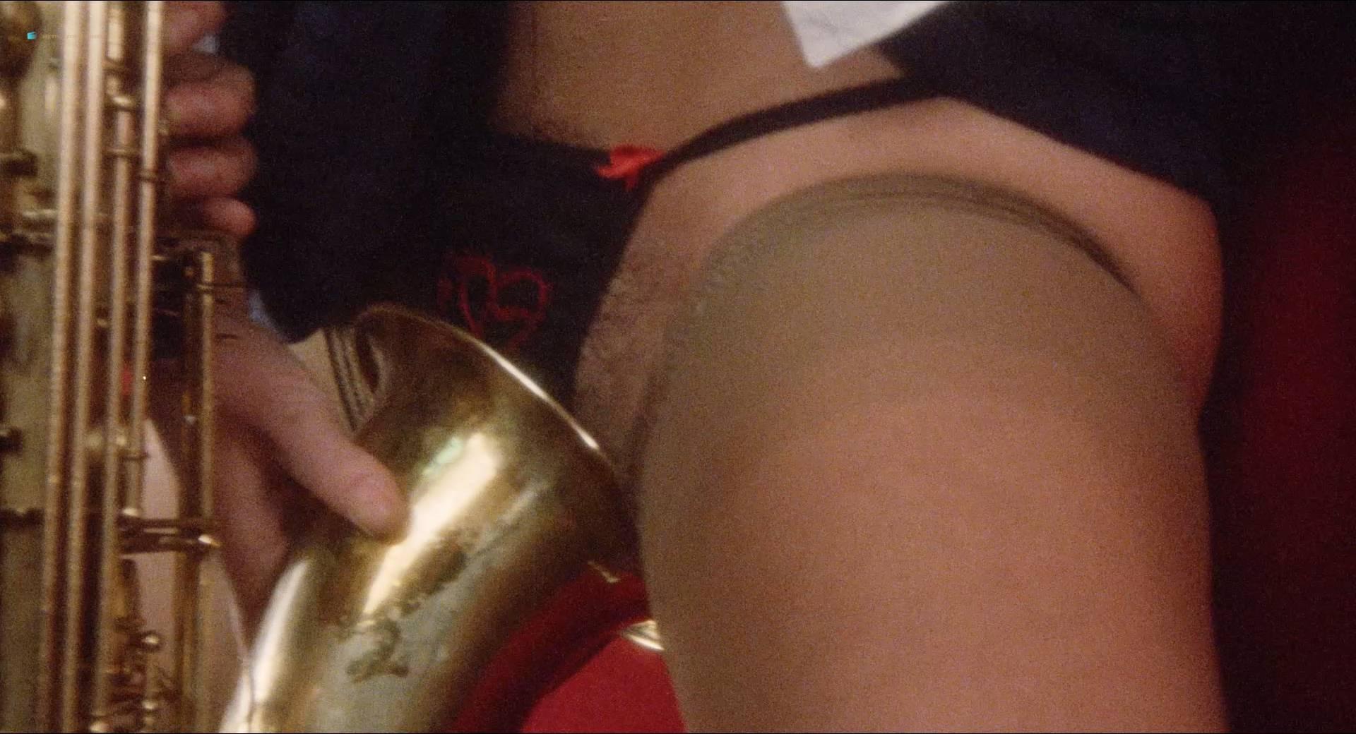 Blanca Marsillach nude full frontal Corinne Clery nude - Il miele del diavolo (IT-1986) HD 1080p BluRay (18)