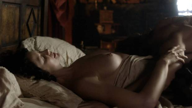 Caitriona Balfe nude topless and sex - Outlander (2017) s3e6 HD 720-1080p (2)