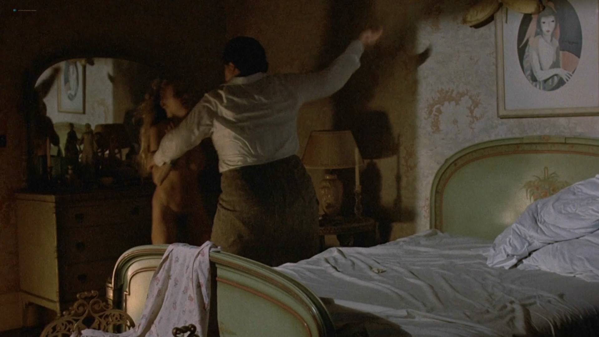 Cheryl Smith nude full frontal - Farewell, My Lovely (1975) HD 1080p BluRay (4)
