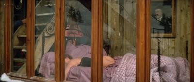 Isabelle Huppert nude butt and boobs - La femme de mon pote (FR-1983) HDTV 720p (13)