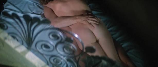 Isabelle Huppert nude butt and boobs - La femme de mon pote (FR-1983) HDTV 720p (4)