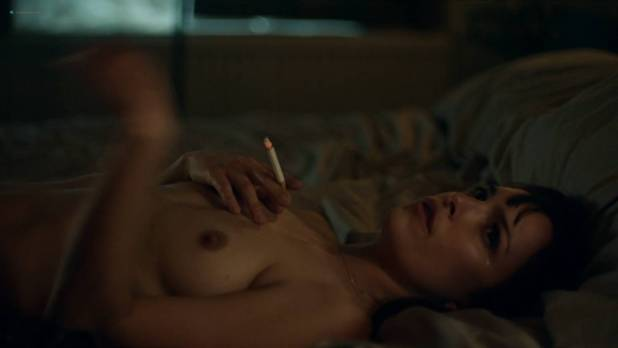 Jodi Balfour nude topless and sex Lucy Chappell sex doggy style - Rellik (2017) s1e3-4-5 HD 1080p (4)