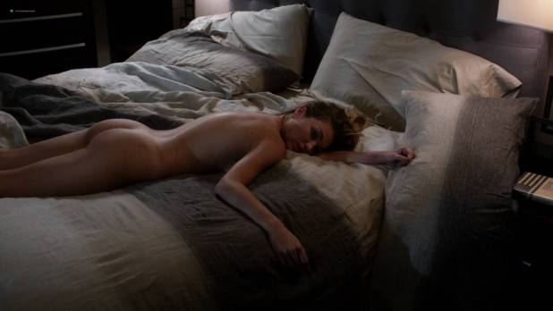 Lili Simmons nude butt other's nude too - Ray Donovan (2017) s5e9 HD 1080p (3)