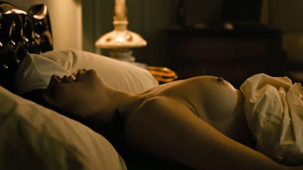Maggie Gyllenhaal nude oral Margarita Levieva nude sex Kayla Foster lesbian - The Deuce (2017) s1e4 HD 720-1080p (16)